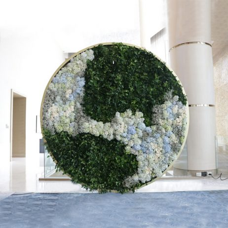 Designs to Go / Photowalls and Backdrops / 18th x Robert Blancaflor Group -  Circular Foliage Photowall with White Flowers